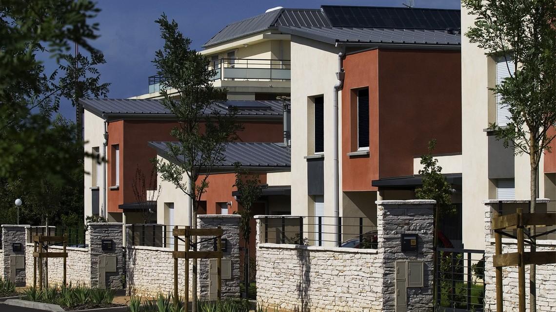 saint priest groupe mcp promotion maisons individuelles. Black Bedroom Furniture Sets. Home Design Ideas